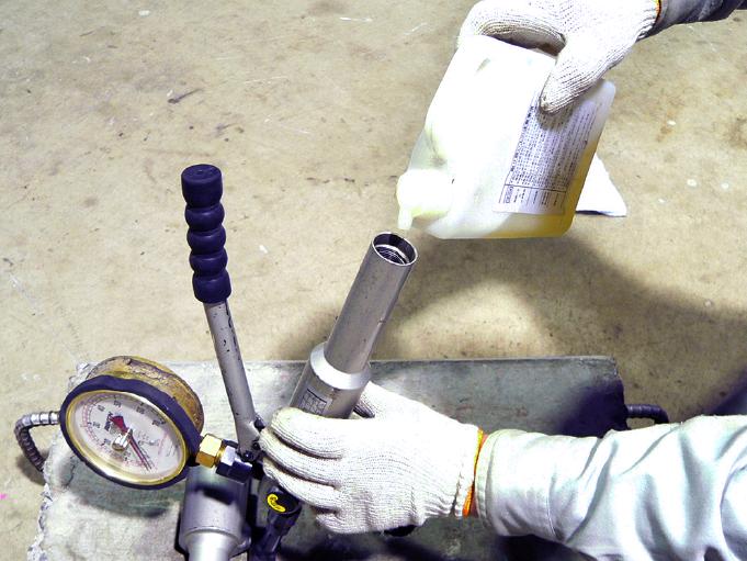 機械のメンテナンス、油圧ポンプのオーバーホール