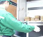 試験機の発送 イメージ