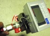 8.油圧ホースの取付