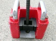 4.異型鉄筋チャックホルダーの設置