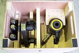 軽量シリンダー、反力台、長脚収納ケース